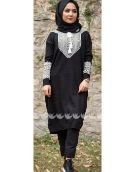 Tesettür Giyim Siyah Triko Elbise